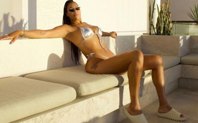 WNBA star Liz Cambage becomes the 1st professional athlete to endorse Savage X Fenty
